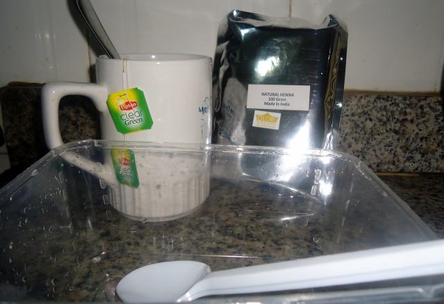 100g Henna + 2 bags of tea