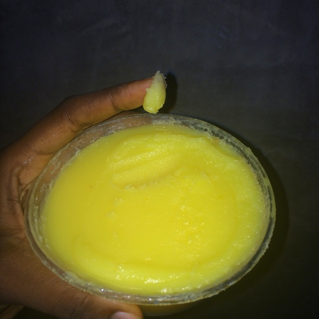 man shanu (ghee, clarified butter)