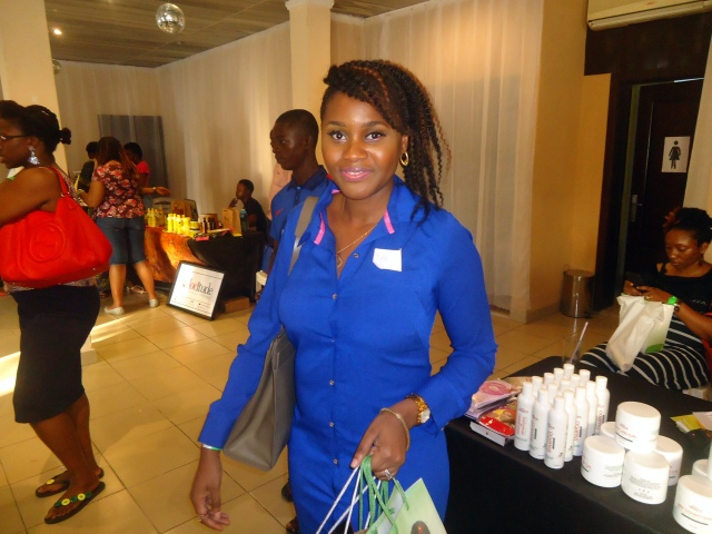 Dabs of Naija Hair Can Grow, and Savvy & Chic Hair Hub. Her skin? Tres luminous!