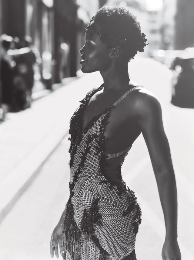 Lupita-Nyongo-for-Vogue-October-2015-BellaNaija-September-2015004